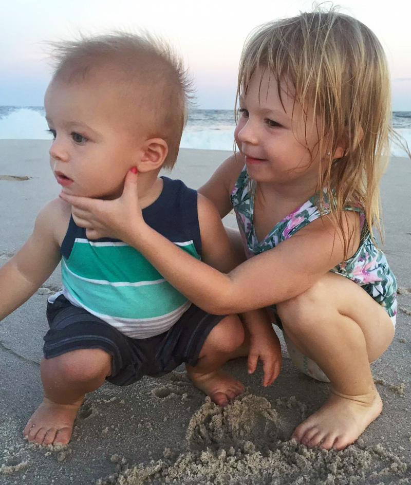 beach-kids-800